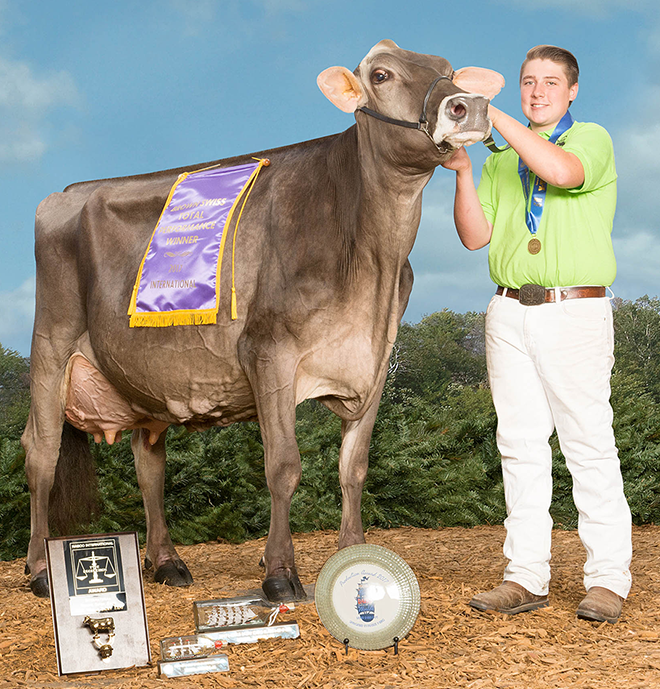 Brown Swiss Association > Youth > Youth Spotlight > Cheese Yield Winners